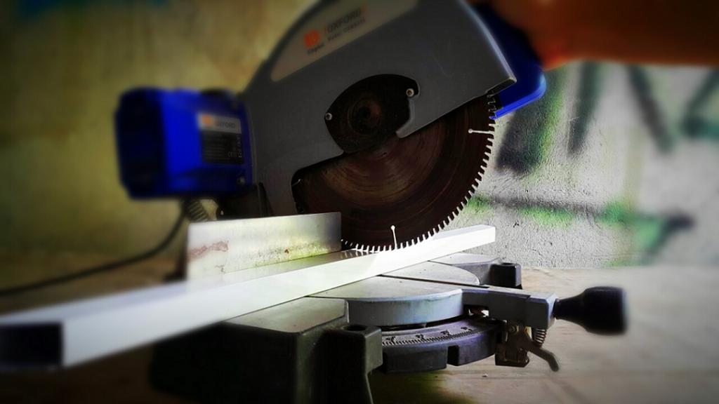 pemotong Alumunium1